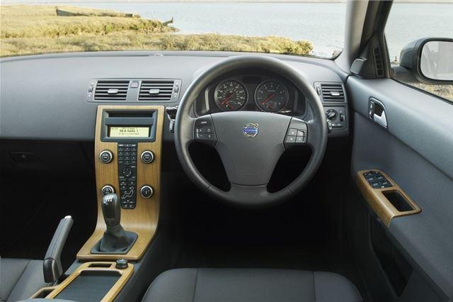 Volvo V50 2004 - Car Review - Good & Bad   Honest John