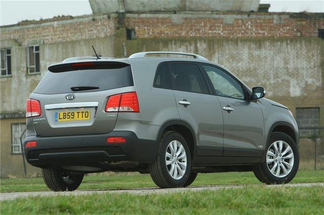 KIA Sorento 2010 - Car Review - Good & Bad | Honest John