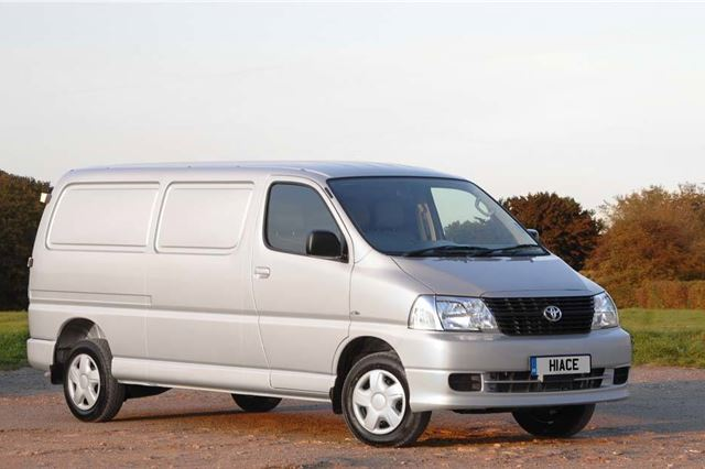 ca1e32fb20 Toyota Hiace 2007 - Van Review