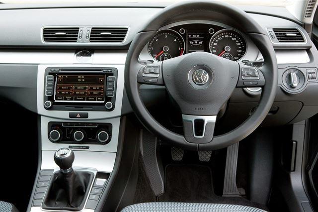 Volkswagen Passat 2011 - Car Review - Good & Bad   Honest John
