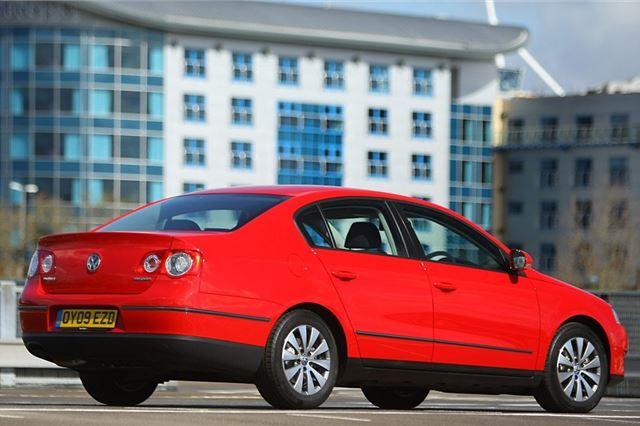 Volkswagen Passat 2005 - Car Review - Good & Bad | Honest John