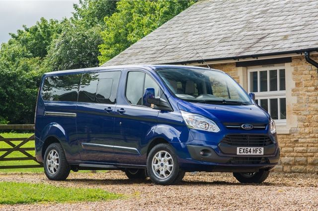 5595a0c5e7 Ford Tourneo Custom 2013 - Van Review
