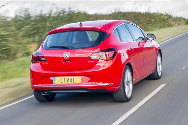 Vauxhall Astra 2009 - Car Review - Good & Bad | Honest John