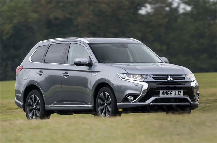 Mitsubishi Outlander PHEV 2014 - Car Review | Honest John