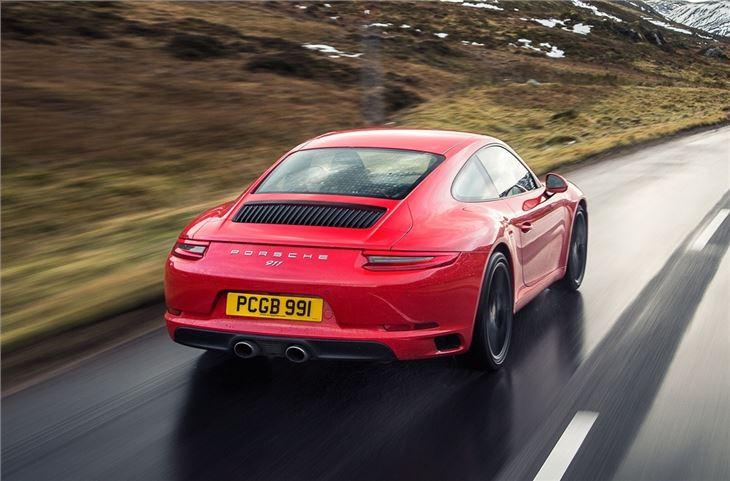 Porsche 911 991/2 2015 - Car Review | Honest John on porsche turbo s, porsche convertible, porsche 550 wing, porsche gt3, porsche hre p101 wheels, porsche gemballa, porsche 4 door, porsche cayenne, porsche sapphire blue wallpaper,