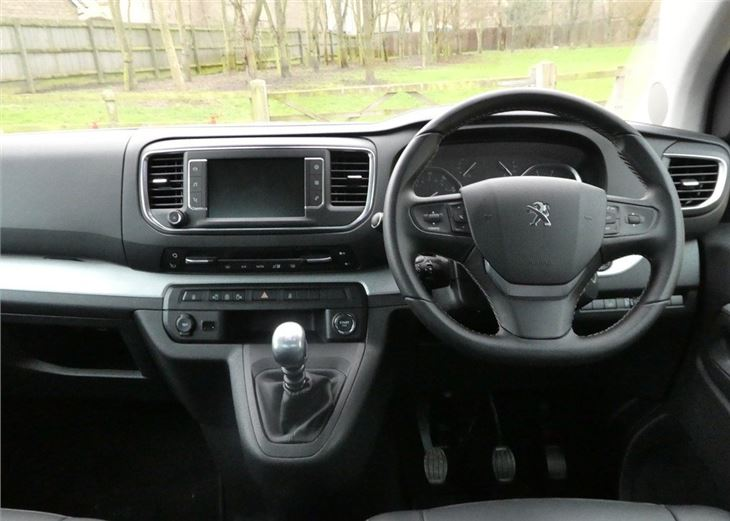 Peugeot Traveller 2016 - Van Review   Honest John