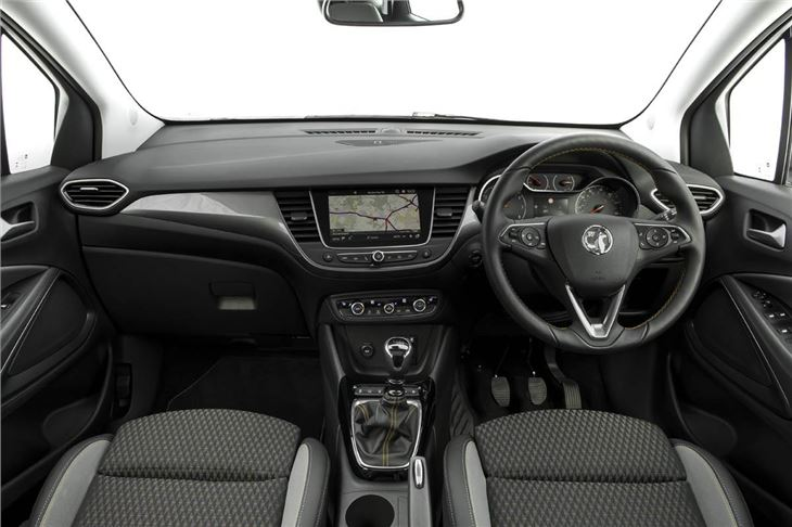 vauxhall crossland x 2017 car review interior honest john. Black Bedroom Furniture Sets. Home Design Ideas