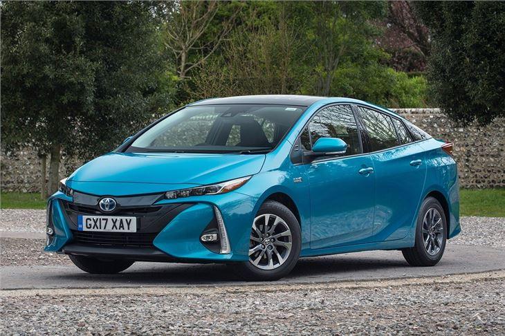 Toyota Prius Plug In (2017u2013)