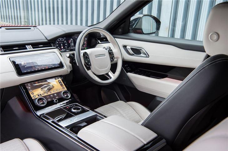 land rover range rover velar 2017 car review interior honest john. Black Bedroom Furniture Sets. Home Design Ideas