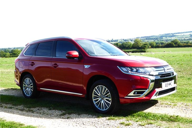 Mitsubishi Outlander Phev 2019 Road Test Road Tests