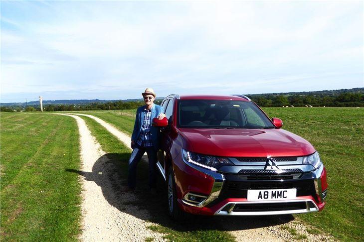 Mitsubishi Outlander PHEV 2019 Road Test | Road Tests | Honest John