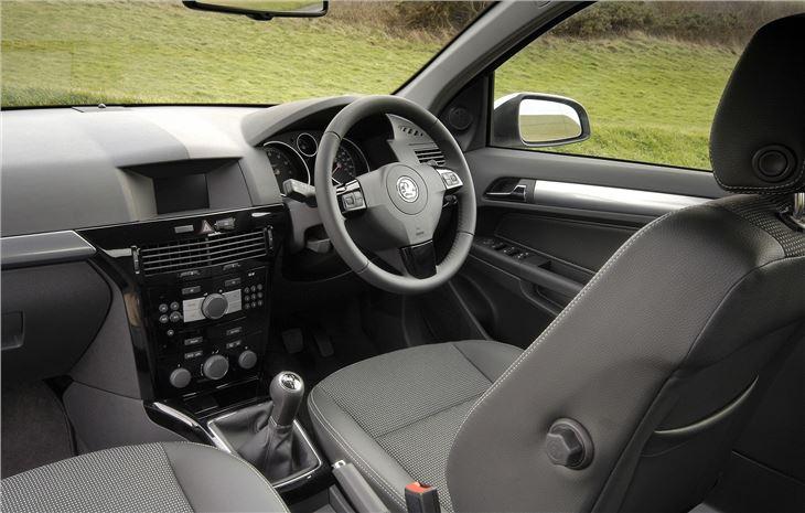 Vauxhall Astra 2004 Car Review Honest John