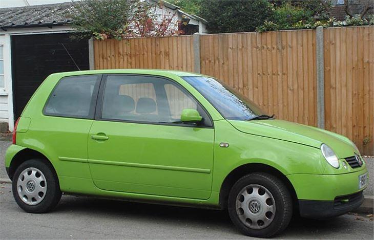 Volkswagen Lupo Versus Seat Arosa Year 2000 Test Road