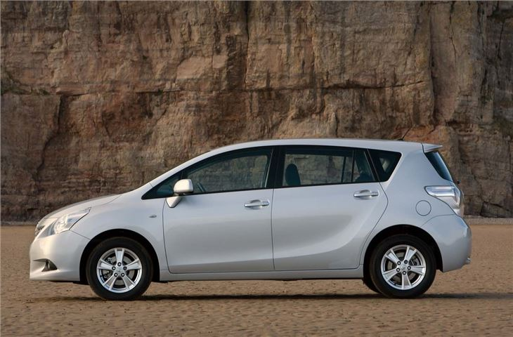 Toyota Corolla Mpg >> Toyota Verso 2009 - Car Review | Honest John