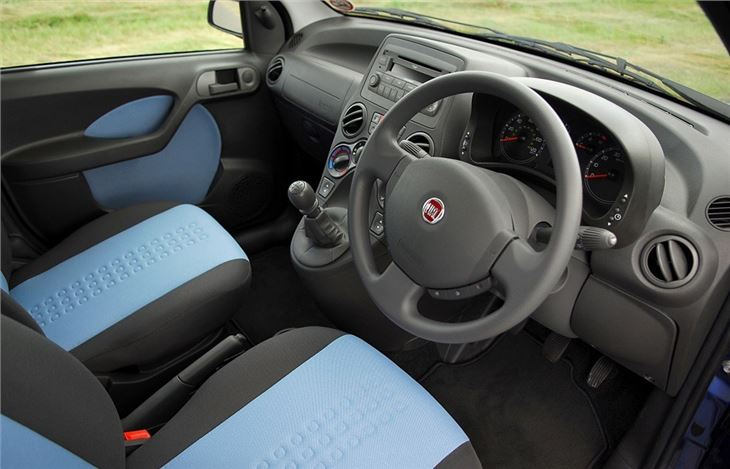 fiat panda 2004 car review interior honest john. Black Bedroom Furniture Sets. Home Design Ideas