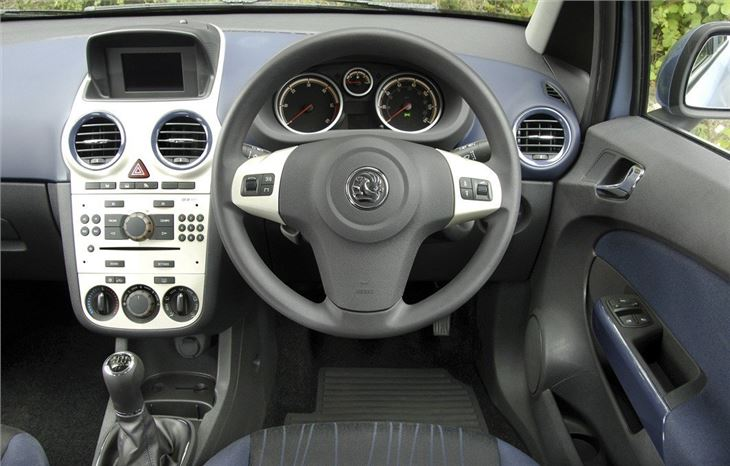 Vauxhall corsa 2006 car review honest john for Opel corsa 2010 interior