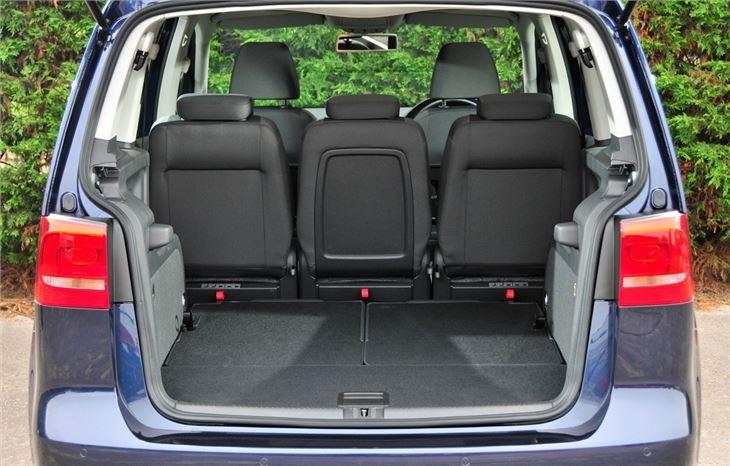 volkswagen touran 2010 car review honest john. Black Bedroom Furniture Sets. Home Design Ideas