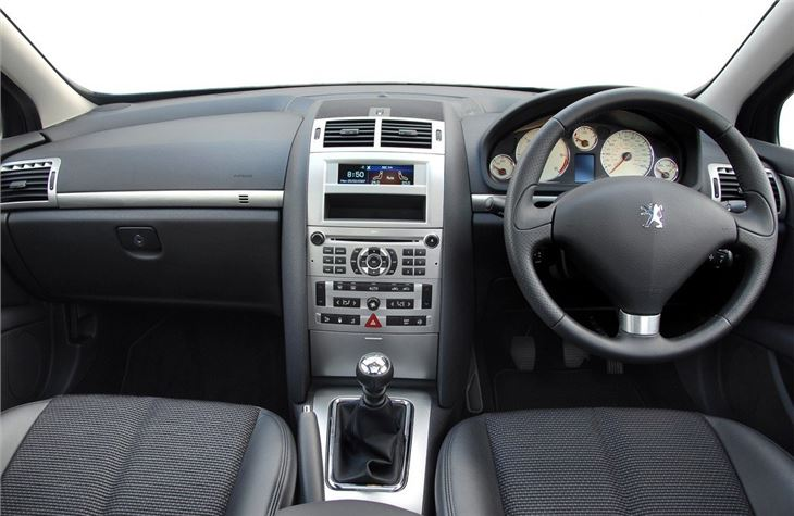 Peugeot 407 sw 2004 car review honest john for Interior 407 coupe