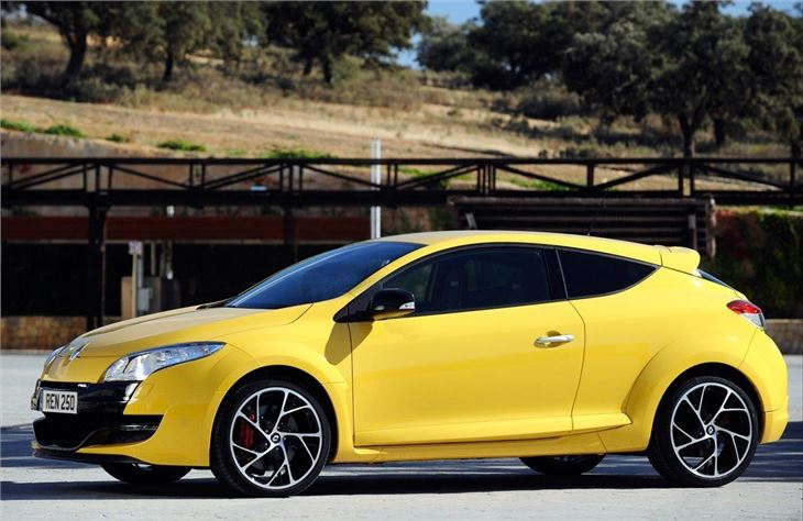 renault megane renaultsport 2009 car review honest john