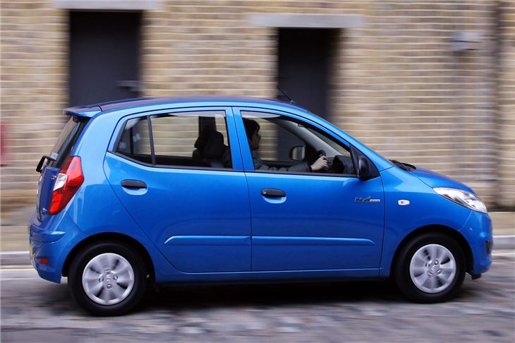 Fiat 500 Dimensions >> Hyundai i10 Blue 2011 Road Test | Road Tests | Honest John
