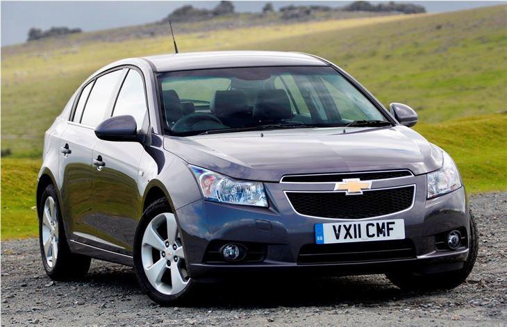 Chevrolet Cruze hatchback 2011 - Car Review   Honest John