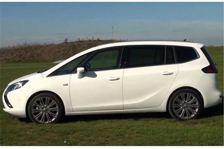 vauxhall zafira tourer 2011 road test road tests honest john. Black Bedroom Furniture Sets. Home Design Ideas