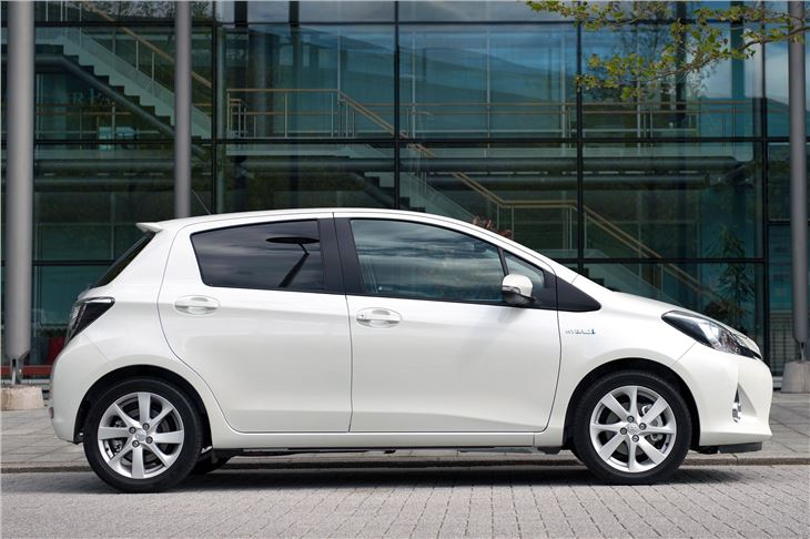 Toyota Yaris Hybrid 2012 Road Test  Road Tests  Honest John