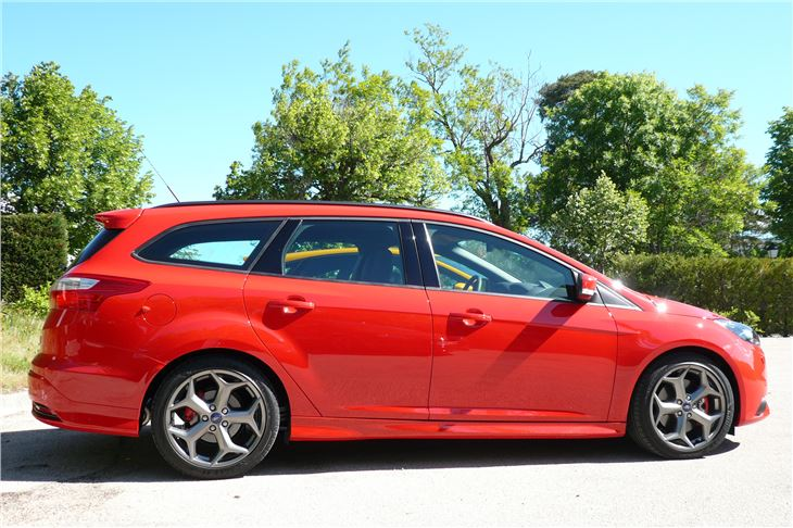 ford focus st 2012 road test road tests honest john. Black Bedroom Furniture Sets. Home Design Ideas