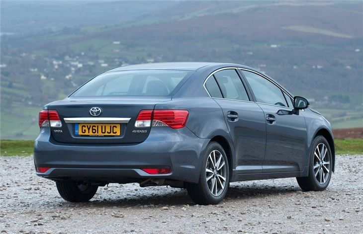 toyota avensis  car review honest john