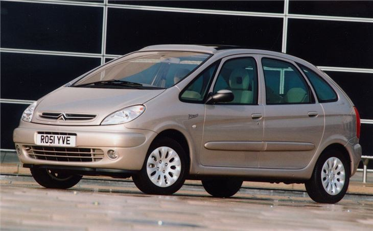 Citroen xsara picasso 2000 car review honest john for Interior xsara picasso