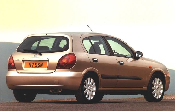 Nissan Almera 2000 - Car Review | Honest John