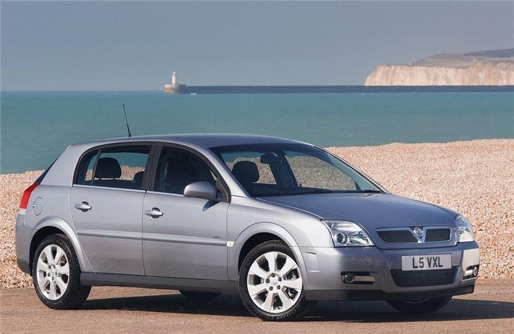 Vauxhall Signum 2003 Car Review Honest John