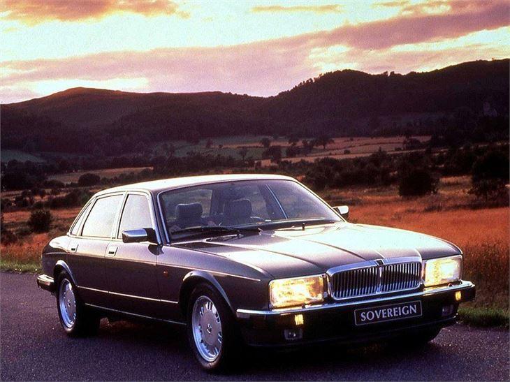 Jaguar XJ6/XJ12 (XJ40) - Classic Car Review   Honest John