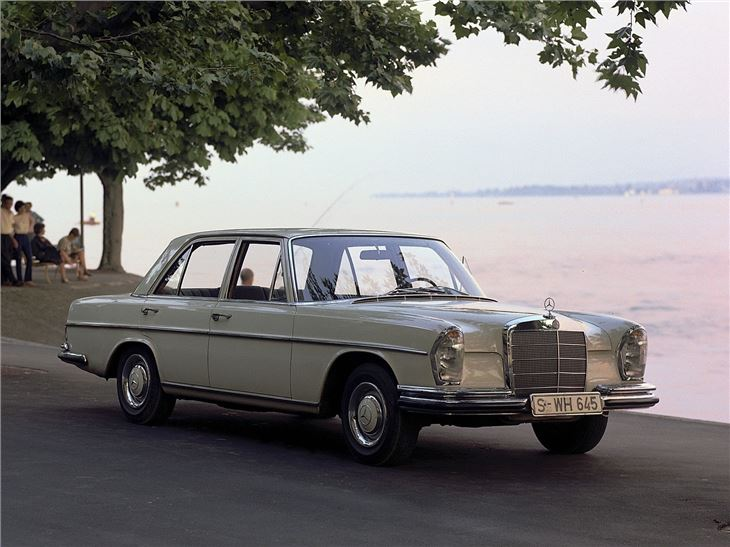 Mercedes benz s class w108 w109 classic car review for Mercedes benz 108