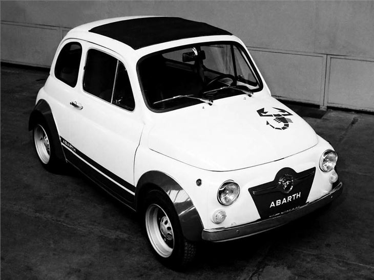 abarth fiat 500 595 595ss 695ss classic car review honest john. Black Bedroom Furniture Sets. Home Design Ideas