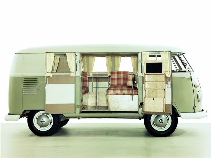 volkswagen type 2 kombi camper split screen classic. Black Bedroom Furniture Sets. Home Design Ideas