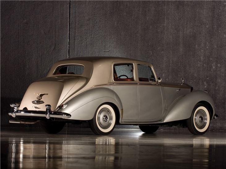 rolls royce silver dawn classic car review honest john. Black Bedroom Furniture Sets. Home Design Ideas