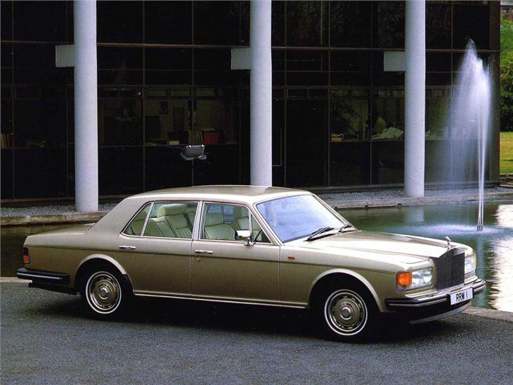Rolls Royce Car >> Rolls-Royce Silver Spirit/Spur - Classic Car Review ...