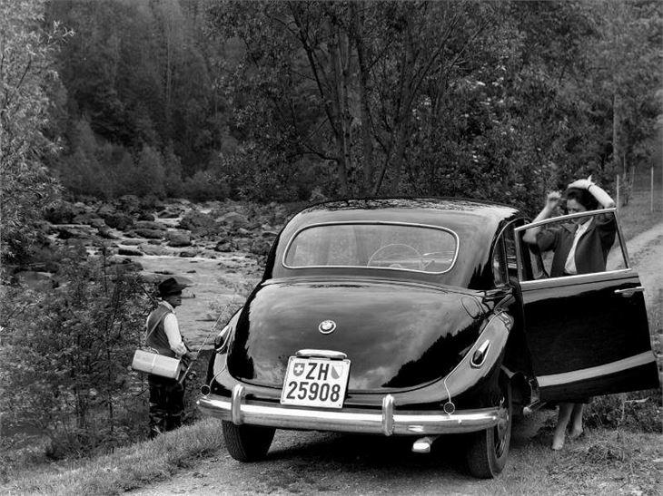 BMW 501/502 - Classic Car Review | Honest John