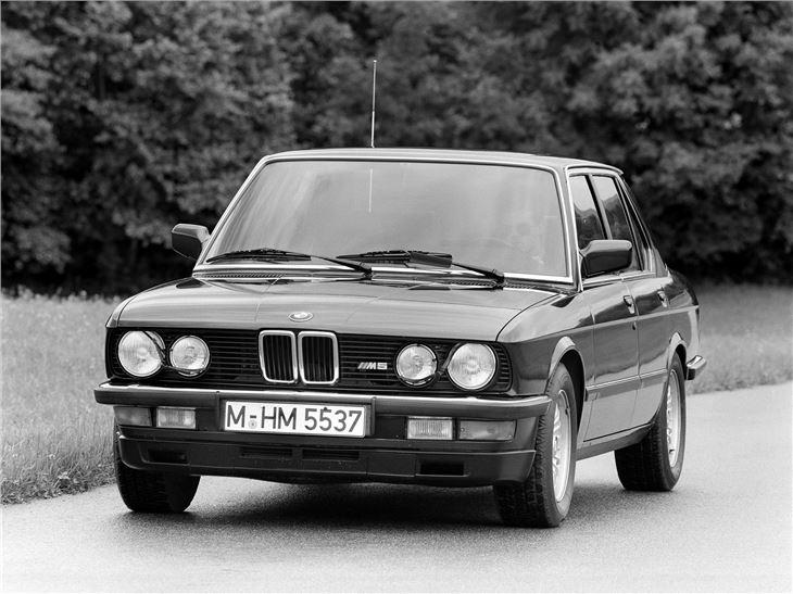 BMW M5 (E28) - Classic Car Review   Honest John