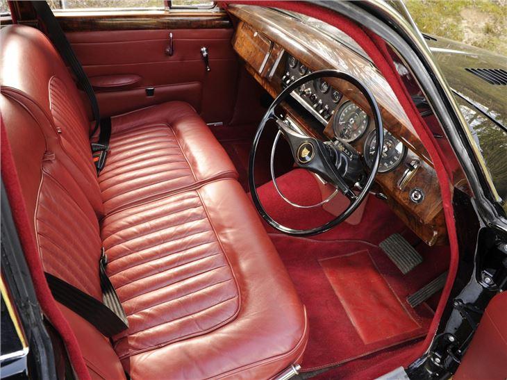 Daimler V on Jaguar V8 Engine