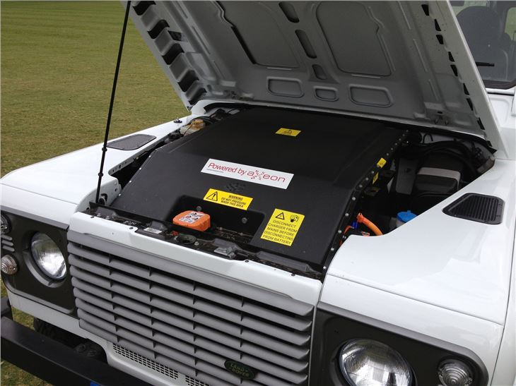 Lithium Ion Car Battery >> Land Rover Defender Electric prototype | Road Tests ...