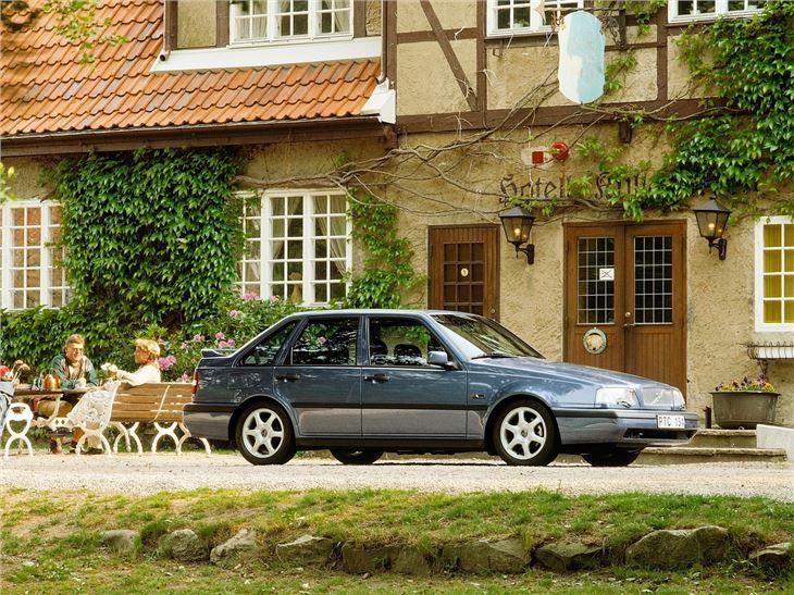 Volvo 440/460 - Classic Car Review | Honest John