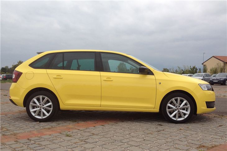 Skoda Rapid Spaceback 2013 Road Test Road Tests Honest