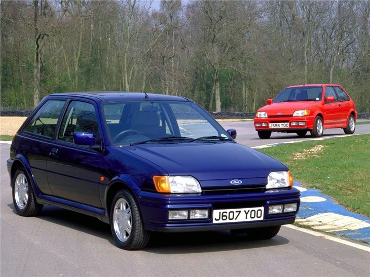 ford fiesta mk3 xr2i rs turbo rs1800 classic car review. Black Bedroom Furniture Sets. Home Design Ideas