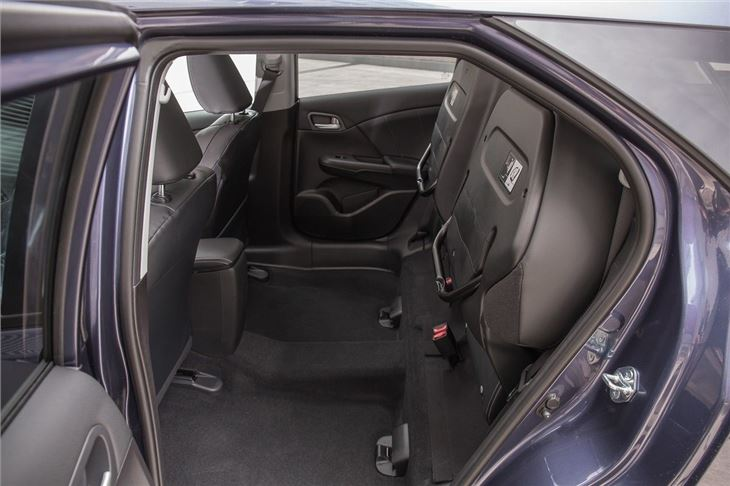 Civichatch Hero Crop additionally Honda Civic Tourer moreover Wear Resisting Pu Leather Car Seat Covers For Toyota Corolla Honda Civic Hyundai Accent Front Rear together with Hyundai I Sr Premium Interior furthermore Maxresdefault. on honda civic seats