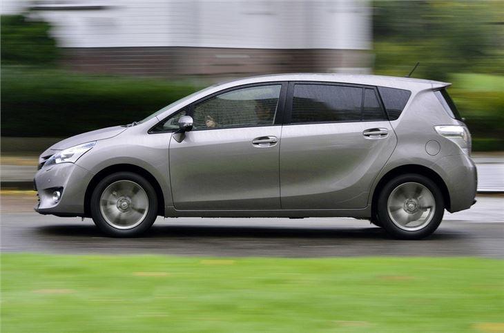 Toyota Verso 1 6 D 4d 2014 Road Test Road Tests Honest