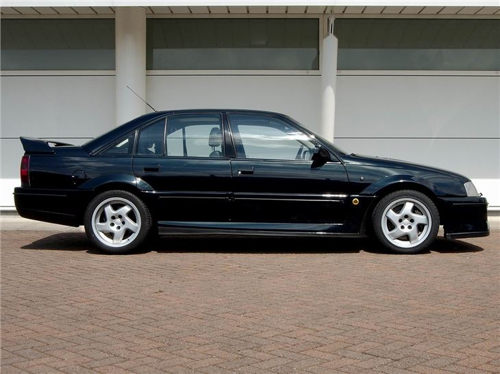 vauxhall lotus carlton classic car review honest john. Black Bedroom Furniture Sets. Home Design Ideas