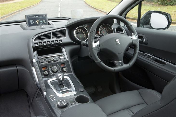 Peugeot 3008 2009 car review honest john for Interieur 306