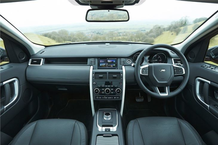 Land rover discovery sport 2015 car review honest john - Land rover discovery interior dimensions ...